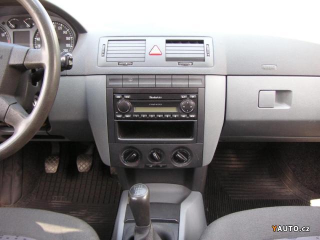 Škoda Fabia 1.2 HTP-Serviska hatchback