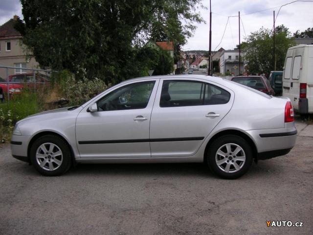 Škoda Octavia II 1.6 FSi hatchback