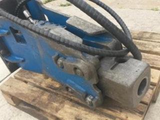Ostatní kladivo 300kg na traktorbagr