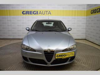 Alfa Romeo 147 1.6 TS hatchback benzin