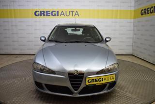 Alfa Romeo 147 1,6TS PERFEKTNÍ STAV,PO SERVISU hatchback