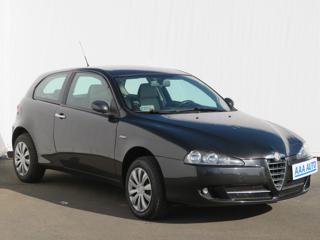 Alfa Romeo 147 1.6 16V T.SPARK 88kW hatchback benzin
