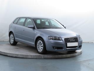 Audi A3 1.6 FSI 85kW hatchback benzin