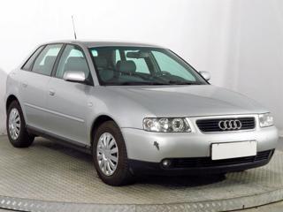 Audi A3 1.6 75kW hatchback benzin - 1