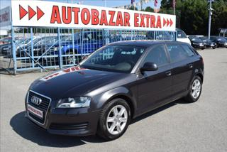 Audi A3 1,6 MPi kůže,digiklima,serviska, hatchback benzin
