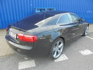 Audi A5 2.7 TDI kupé