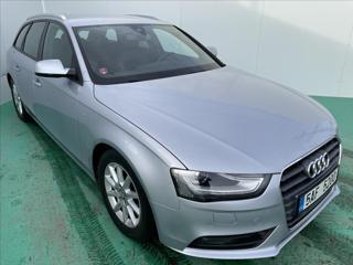 Audi A4 2,0 TDI S-line ACC STR NAV kombi nafta