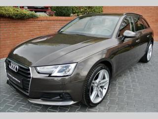 Audi A4 2.0 TDi quattro Tronic kombi nafta