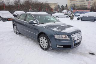 Audi A8 4,2 TDi 240KW, QUATTRO, NAVI. sedan nafta