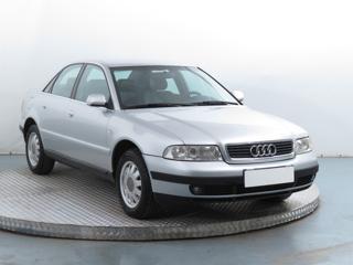 Audi A4 1.6 74kW sedan benzin