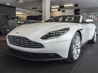 Aston Martin DB11 4,0 DB11 V8 Volante/360°/Vent. sedadla/  IHNED kabriolet benzin