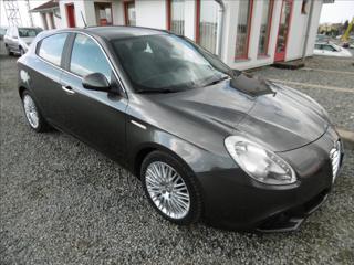 Alfa Romeo Giulietta 2,0 JTDm, digiklima, serviska, hatchback nafta