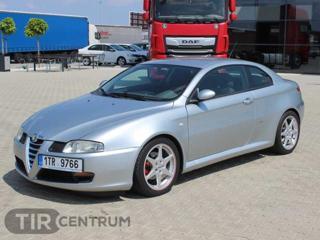 Alfa Romeo GT 1.9 JTD kupé nafta