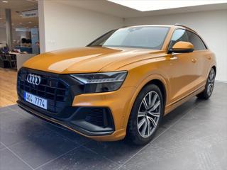 Audi Q8 3,0   S-LINE ČR, ser. kn. DPH SUV nafta