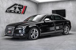Audi S4 3.0 TFSI quattro, B&O, karbon, CZ  OV,RU sedan benzin