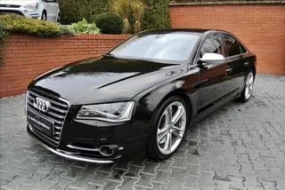 Audi S8 4,0 TFSI V8 722PS,BOSE,LED,NIGHT VISION,SOFT-CLOSE sedan benzin