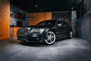 Audi S8 5,2 5,2 QUATTRO, KERAMIKY, KARBÓN  BR sedan benzin