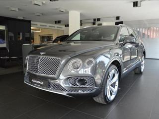 Bentley Bentayga 4,0 Diesel/Mulliner/Touring Spec  SKLADEM SUV nafta