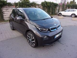 BMW i3 navi, kůže, rychlonabíjení hatchback elektro
