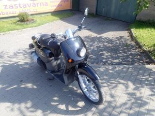 Benelli moped