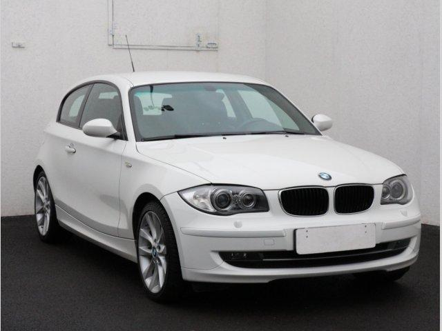 BMW Řada 1 2.0 d hatchback nafta