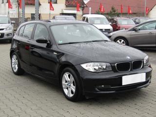 BMW Řada 1 2.0d, Serv.kniha hatchback nafta