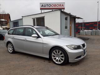 BMW Řada 3 325 Xi 160 kW, touring kombi benzin