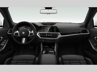 BMW Řada 3 2.0 i Touring xDrive kombi benzin