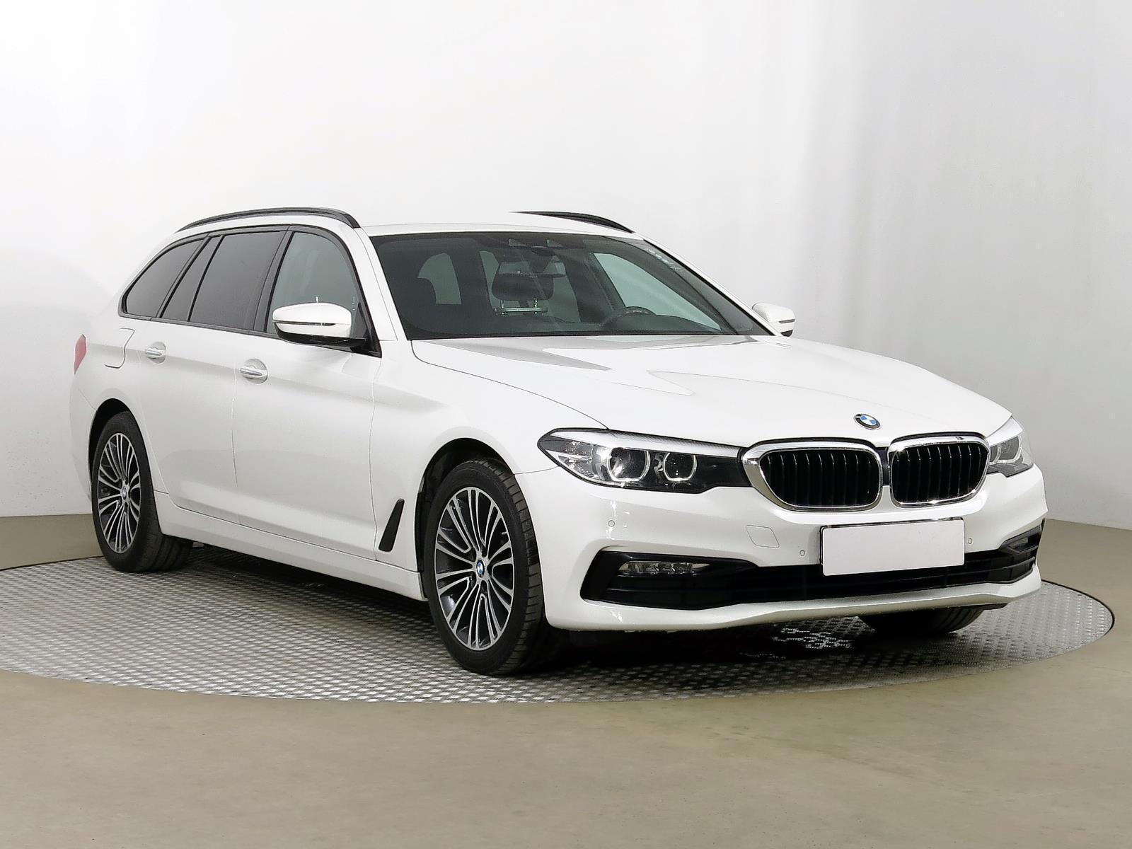 BMW Řada 5 520 d 140kW kombi nafta