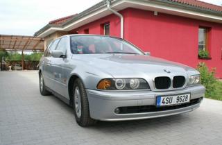BMW Řada 5 2.5 525i kombi