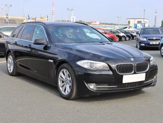 BMW Řada 5 520 d 135kW kombi nafta