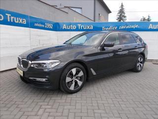 BMW Řada 5 3,0 540i xDrive Touring kombi benzin