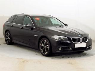 BMW Řada 5 520 d xDrive 140kW kombi nafta - 1