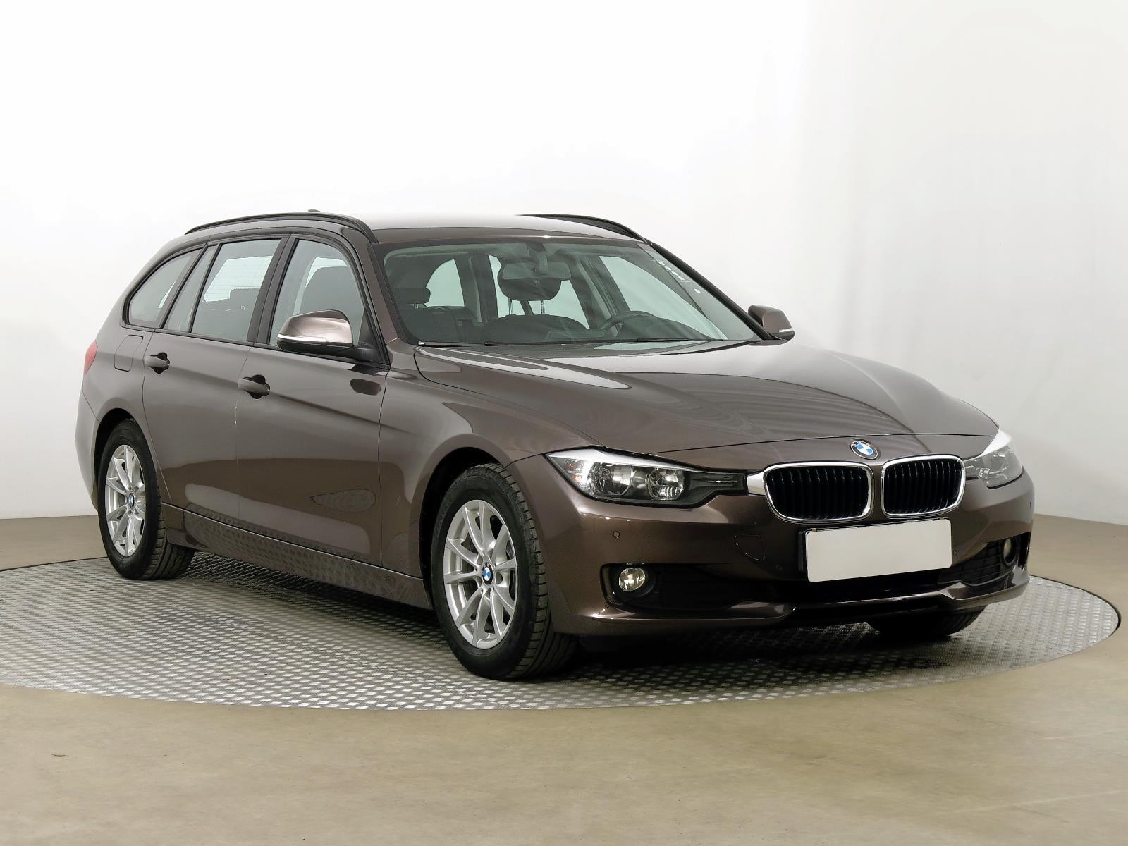 BMW Řada 3 320 d 135kW kombi nafta