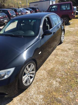 BMW Řada 3 330d 170kw M bez koroze, manuál GPS limuzína