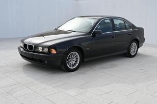 BMW Řada 5 2,0i 24V 125 KW  12/2002 limuzína