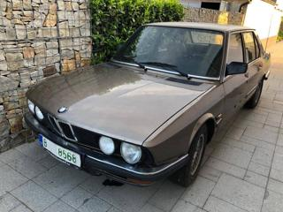 BMW Řada 5 524 TD sedan