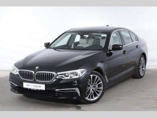 BMW Řada 5 530e iPerformance Limousine sedan hybridní - benzin