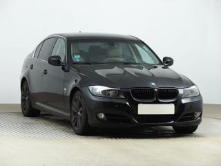 BMW Řada 3 325 xi 160kW sedan benzin