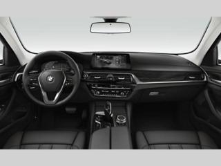 BMW Řada 5 2.0 i xDrive sedan benzin