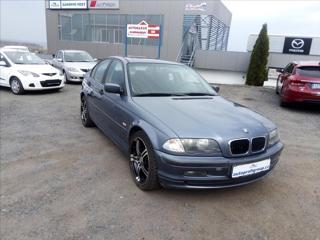 BMW Řada 3 1,9 316i sedan benzin