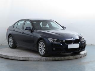 BMW Řada 3 328 i xDrive 180kW sedan benzin