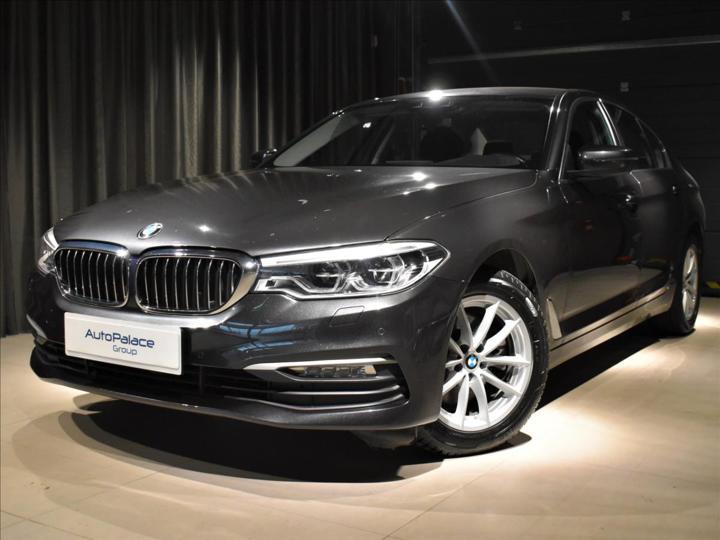 BMW Řada 5 2,0 520d AT xDrive Harman/K ČR sedan nafta