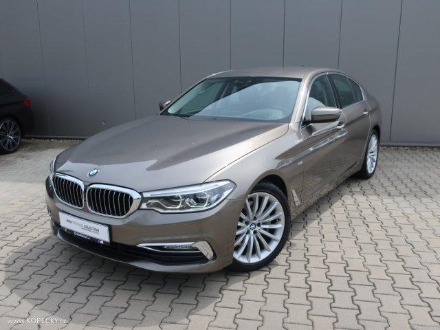 BMW Řada 5 530d xDrive Luxury Line sedan nafta
