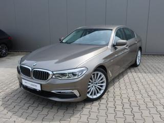 BMW Řada 5 530d xDrive Luxury Line REZERV sedan nafta