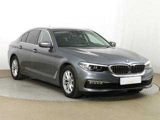BMW Řada 5 520 d xDrive 140kW sedan nafta - 1