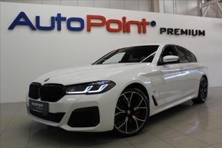 BMW Řada 5 3,0 540i xDrive M-Paket HUD LED sedan benzin