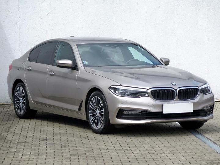BMW Řada 5 520 d xDrive 140kW sedan nafta