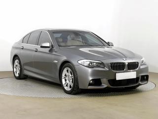 BMW Řada 5 550 i xDrive 300kW sedan benzin