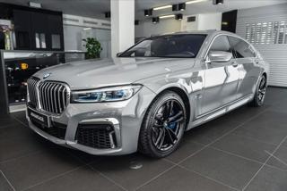 BMW Řada 7 3,0 745e L xDrive / M sport/Sky Lounge/Bowers & Wilkin  IHNED sedan benzin